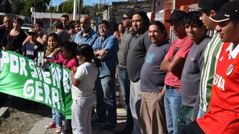 Familiares de Gerardo Villacorta reclamaron que se revean los alegatos planteados en la audiencia del juicio abreviado a la que denuncian no haber sido convocados.
