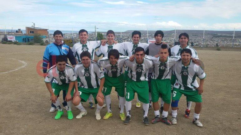 Los Halcones, campeones del torneo de verano de Liga de los Barrios