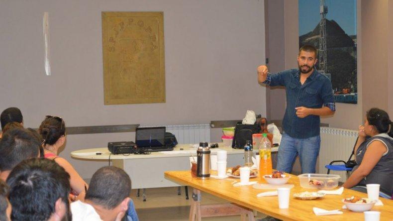Adrián Vega es el impulsor del proyecto solidario.