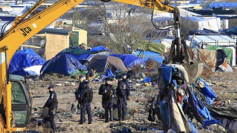 Desguasan la Jungla de Calais