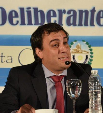 Facundo Prades trazó un sombrío panorama de las finanzas municipales heredadas.