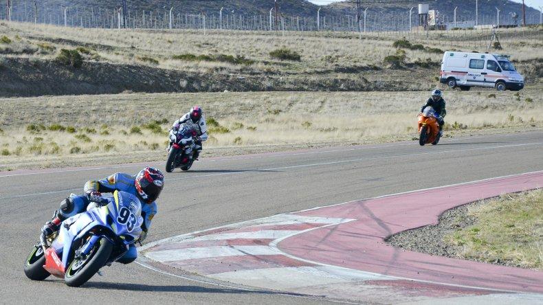 Las Motos de Velocidad encenderán sus motores en el autódromo General San Martín de Comodoro Rivadavia.