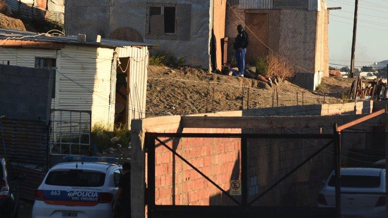 Los investigadores recuperaron los electrodomésticos robados y además secuestraron un arma.