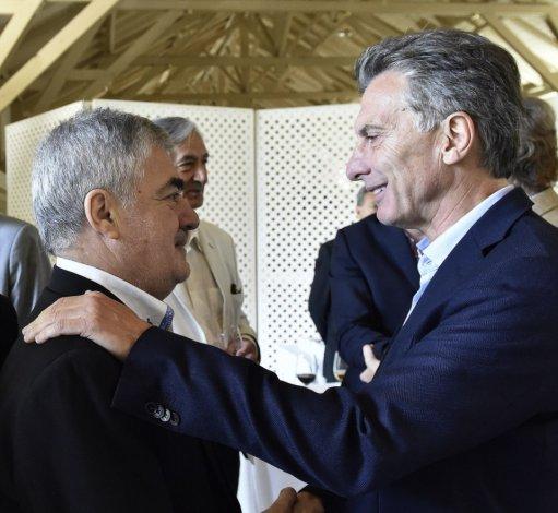 Mario Das Neves espera firmar hoy con Mauricio Macri convenios para una serie de obras prioritarias para Chubut.