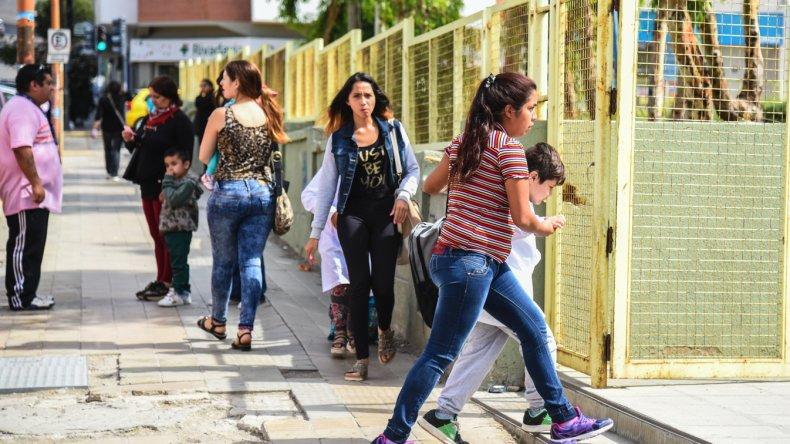 Inicio de clases en Comodoro. Foto: Mauricio Macretti / El Patagónico.