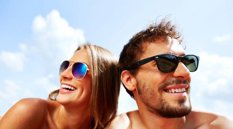 El peligro de usar los lentes de sol  que se venden en la vía pública