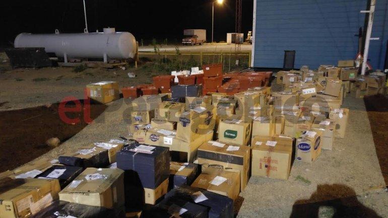 Incautan 300 cajas de medicamentos ilegales cuando intentaban ingresarlos a Comodoro
