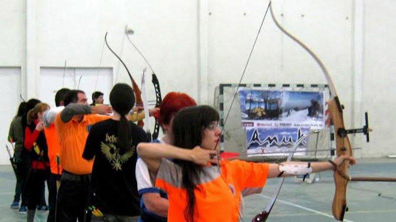 El tiro con arco crece cada vez más en Comodoro Rivadavia.