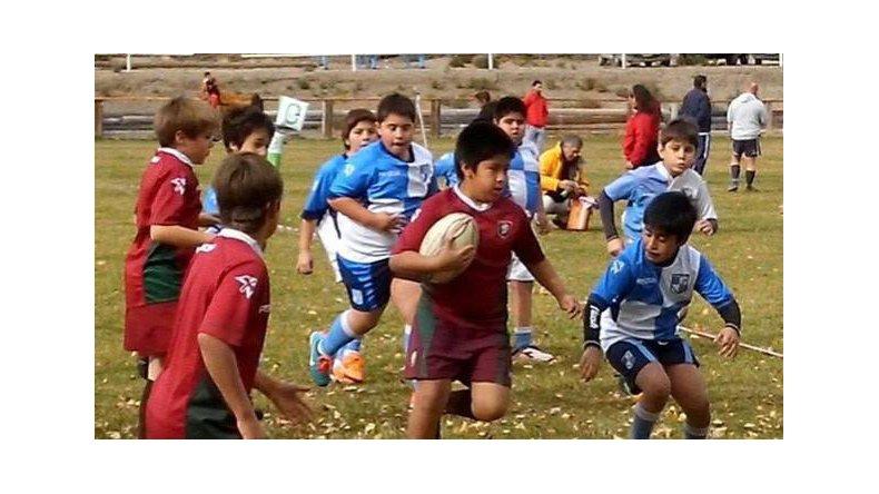 Las bases del rugby animan su Seven en Rada Tilly
