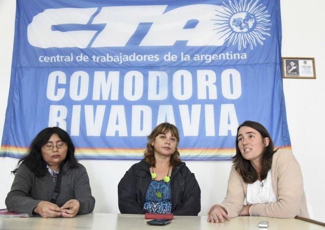 La Multisectorial de las Mujeres de Comodoro Rivadavia convocó a una concentración por el Día Internacional de la Mujer y la entrega de un documento al intendente.