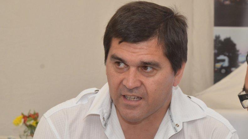 Gabriel Salazar tiene 50 años y fue reelecto en la última elección