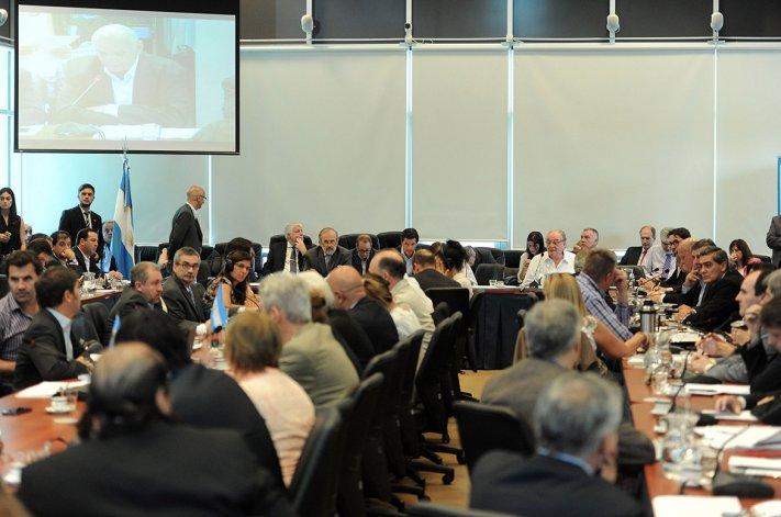 El plenario de comisiones de Diputados debatió el proyecto que facilita el acuerdo con los fondos buitre.