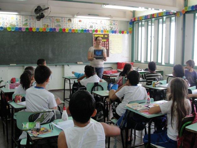 Los sueldos adeudados a docentes se pagarán el lunes
