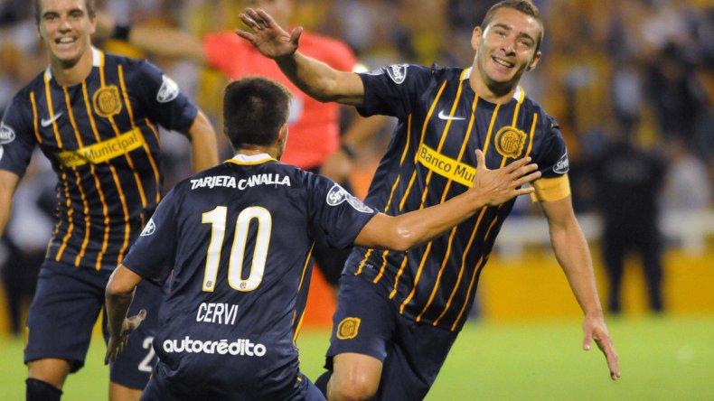 Marco Ruben aportó su cuota goleadora en el triunfo de Rosario Central.