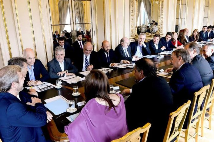 Das Neves discutió un nuevo esquema de distribución de coparticipación
