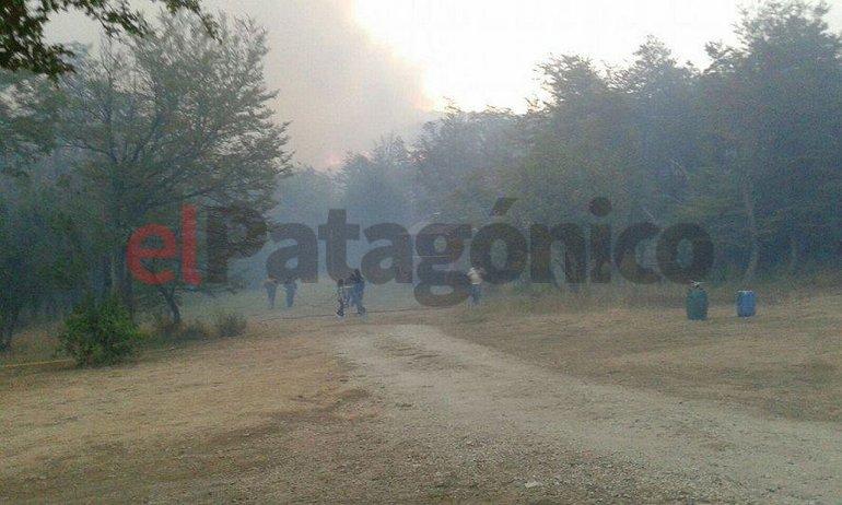 Hay aldeas aisladas y temen por el avance del fuego sobre las viviendas. Foto Gio vía Facebook