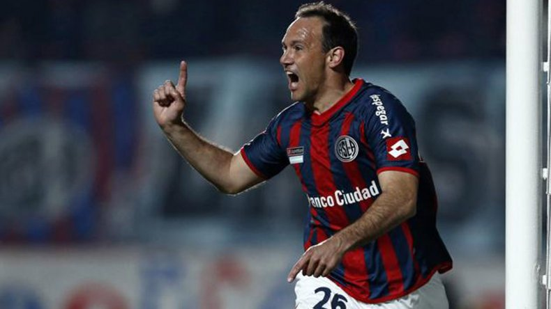 Mauro Matos será esta noche el único delantero en la formación inicial de San Lorenzo.