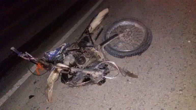 Un motociclista falleció al chocar de frente con un automóvil en Kilómetro 14