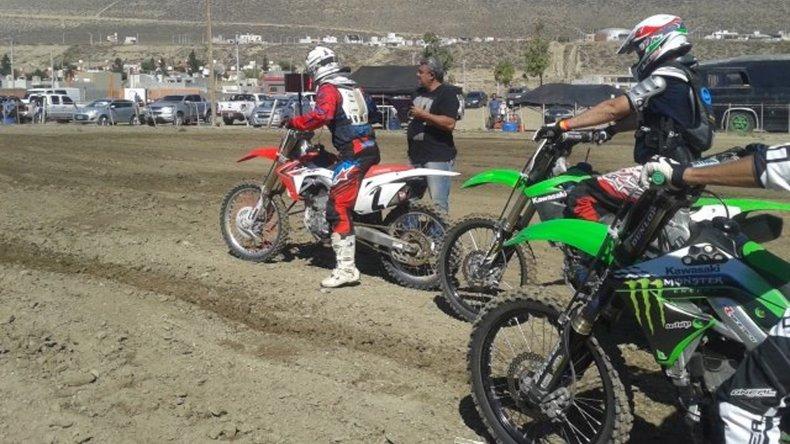 El motocross se presentará esta tarde en el circuito Jorge Alí Ambrós de Rada Tilly y promete dar un buen espectáculo.