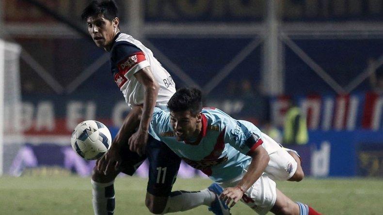 Arsenal derrotó a San Lorenzo en el Nuevo Gasómetro