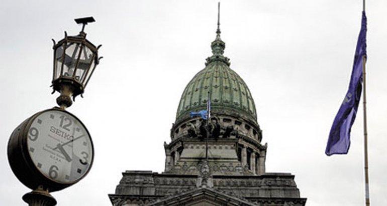 El macrismo negocia a contrarreloj para que se trate en Diputados la ley de pago a fondos buitre.
