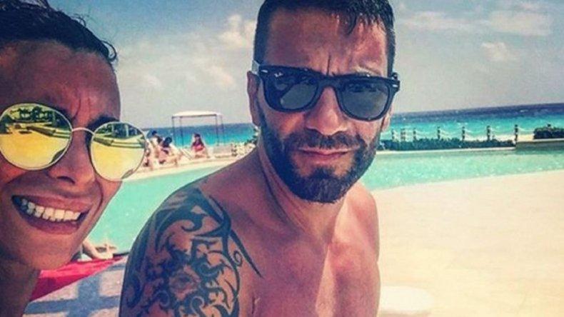 Paradisíacas vacaciones para Ximena Capristo y Gustavo Conti