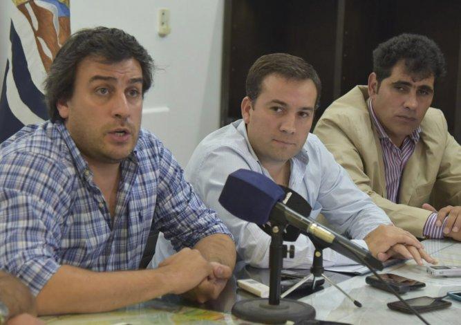 El intendente Facundo Prades dijo que Caleta es la ciudad con mayor déficit estructural de Argentina y que la vida no pasa solo por pagarle el sueldo a los municipales.