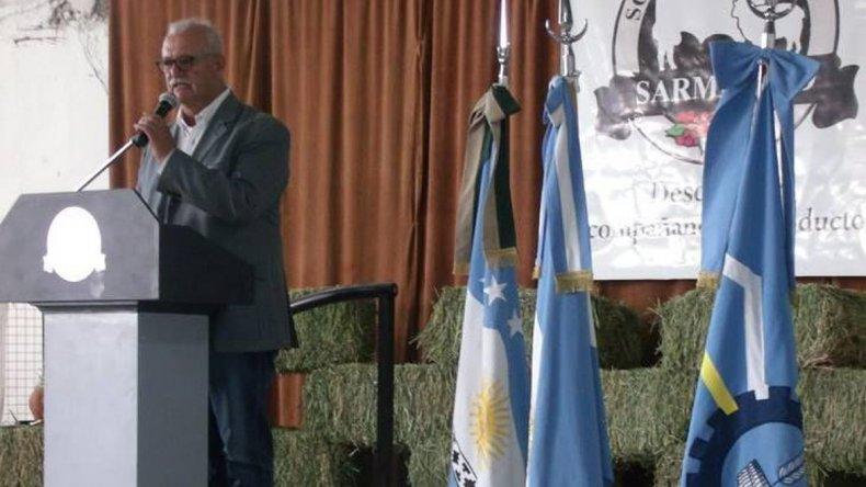 Ricardo Britapaja prometió respuestas al sector productivo de Sarmiento.