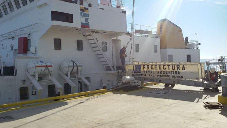 ¿Qué dicen las redes del buque chino?