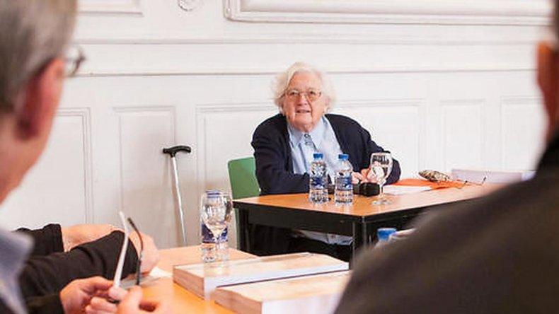 Tiene 91 años y tardó 30 en hacer su tesis: me paraba a descansar de vez en cuando