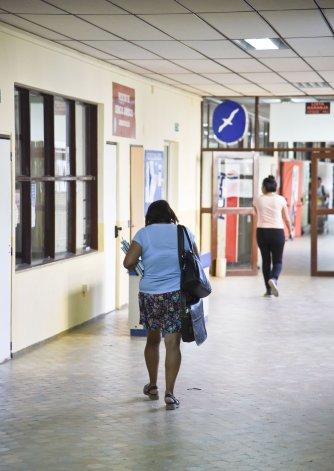 Poco movimiento se vio en la Universidad Nacional de la Patagonia San Juan Bosco donde hoy continuará el paro contra el ajuste por mejoras salariales.