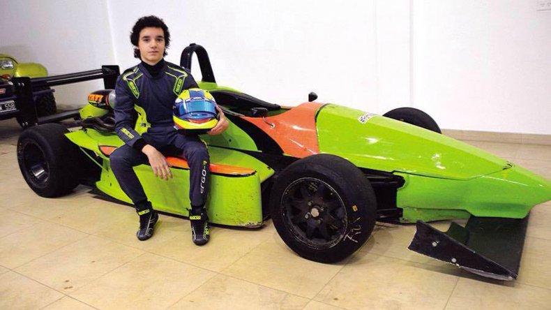Christian Abdala debutará a los 16 años en la Fórmula Renault 2.0 en Trelew.