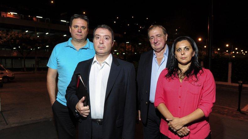 Los peritos de la policía federal que se encuentran en Ecuador.