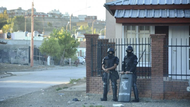 Los cuatro allanamientos se realizaron en viviendas de los barrios 8 de Julio