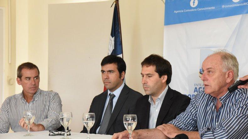 Las autoridades firmaron ayer un convenio con el Consulado de Chile para la realización de actividades conjuntas a lo largo del año.