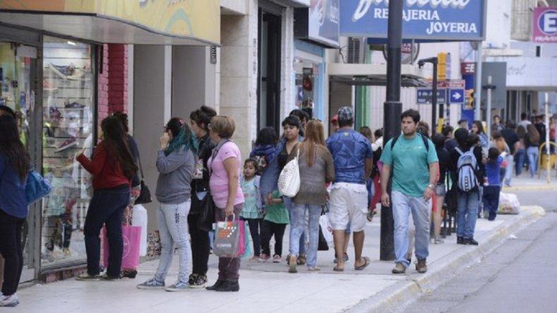 La Cámara de Comercio inició una encuesta para saber cómo los clientes evalúan la atención en la ciudad