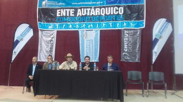 Provincia firmó 36 convenios con entidades deportivas de la ciudad