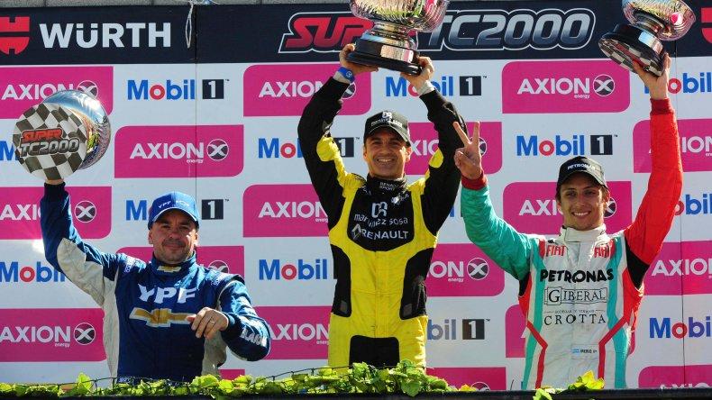 El podio del Super TC2000 liderado por Emiliano Spataro.