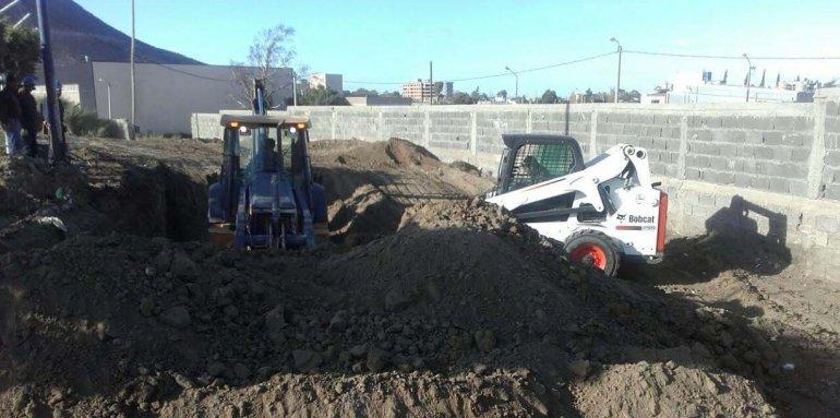 Las obras en el estadio de Kilómetro 3 ya están en marcha con miras al duelo entre las selecciones de rugby de Argentina e Italia.
