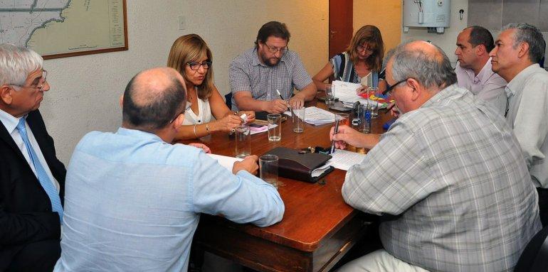 La reunión paritaria de ayer en la que se alcanzó el acuerdo.