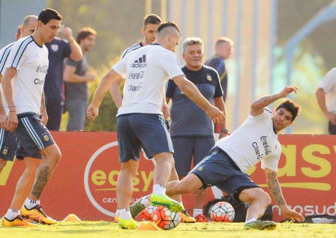 La selección argentina de fútbol trabajó ayer en Ezeiza