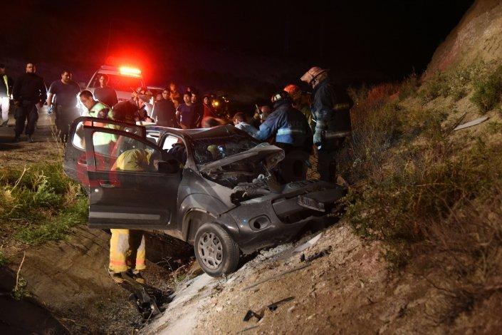 Una mujer murió en un accidente en el Roque González y hay un joven detenido