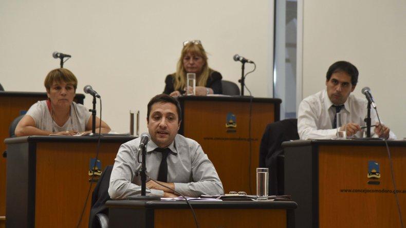 Los concejales cumplieron ayer con varias asignaturas pendientes.