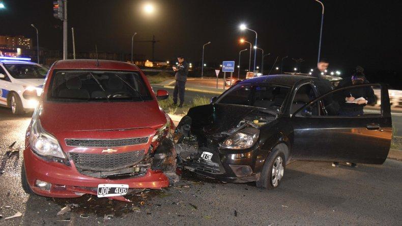 Una conductora lesionada en un choque sobre Ruta 3