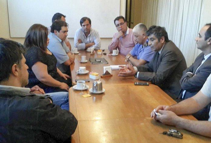 La comisión directiva de la Cámara de Comercio se reunió con jefes policiales para dialogar sobre los distintos hechos de inseguridad que se registran en Caleta Olivia.