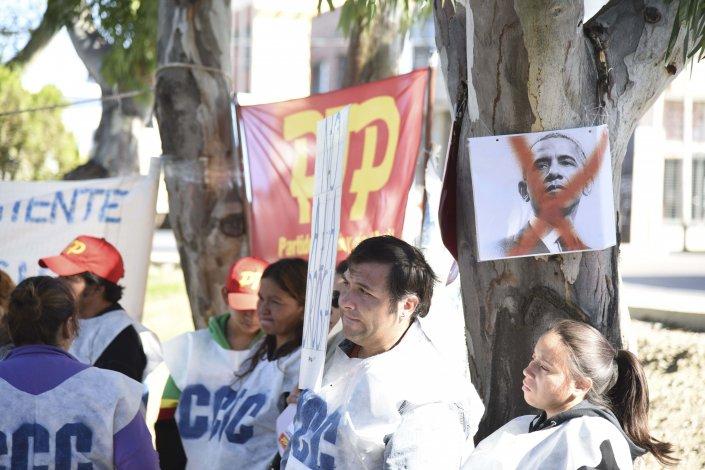 Medio centenar de personas participaron del acto que la CTA de los Trabajadores realizó por el Día de la Memoria en el Monumento de los Trabajadores Patagónicos.