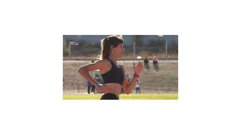 Natalia Robledo logró una destacada performance en los 800 metros llanos.