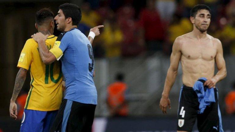 Brasil y Uruguay empataron en un partido vibrante