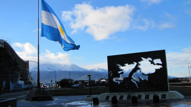 El Reino Unido niega relación entre resolución de ONU y la disputa por las Malvinas.