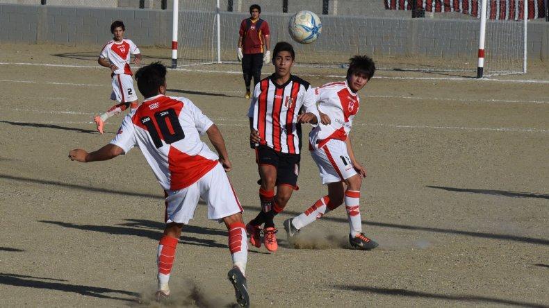 Deportivo Sarmiento viene dando pelea e irá por más cuando reciba a Jorge Newbery